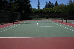 Montclaire Park Tennis Courts 1