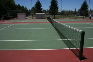 Montclaire Park Tennis Courts 2